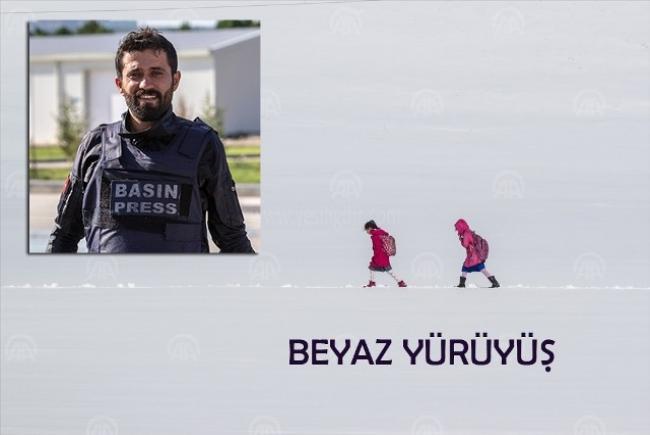 """""""Yılın Fotoğrafları"""" yarışmasında Iğdır'da görev yapan AA Muhabiri Hüseyin Yıldız birinci oldu."""