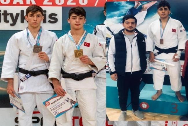 Judocularımız Yunus E. Esenboğa Ve Sidar Akkuş Madalya İle Döndüler