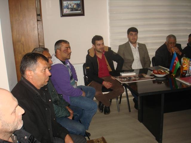 Azerbaycanlılardan Göksel Gülbey Kararına Tepki
