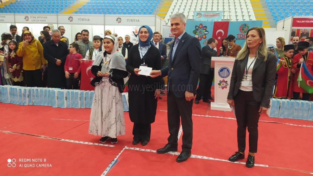 Iğdır Bi̇li̇m Ve Sanat Merkezi̇ Uluslararası Türk Dünyası Proje Yarışmasında 3. Oldu