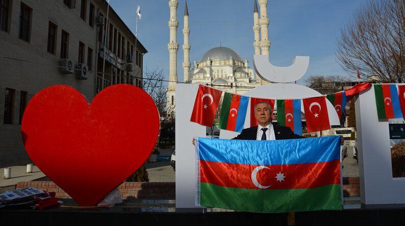 """SERDAR ÜNSAL """"24 NİSAN BİR ERMENİ  VE EMPEYALİST YALANIDIR""""DEDİ."""