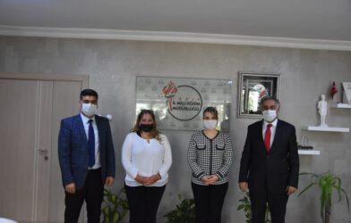İl Başkanı Ayaz Kırtasiye Yardımlarını Milli Eğitim Müdürlüğüne Teslim Etti