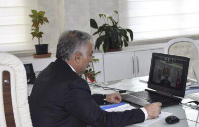 Milli Eğitim Müdürü Hakan Gönen Velilerle Çevrimiçi