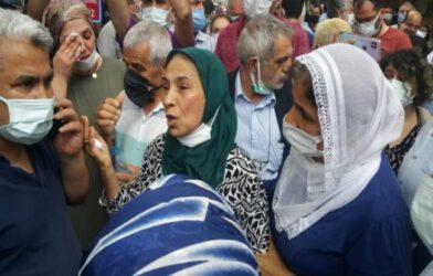 Deniz Poyraz'ın Annesi: Bir Deniz Gitti Bin Deniz Gelecek